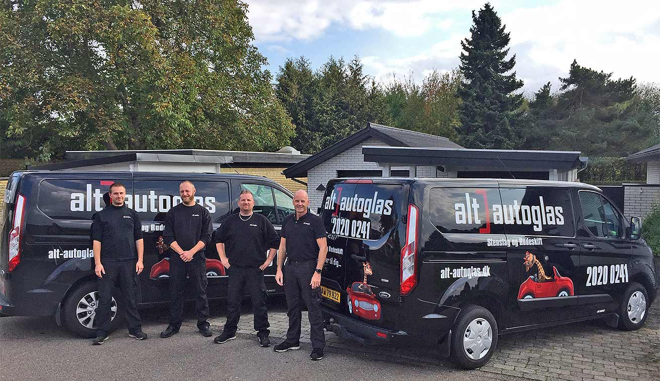 Alt-autoglas service team